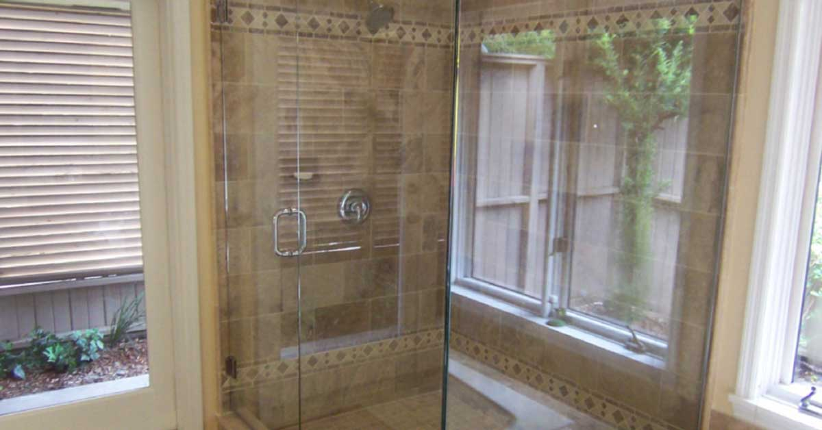learn the best way to clean glass shower doors. Black Bedroom Furniture Sets. Home Design Ideas